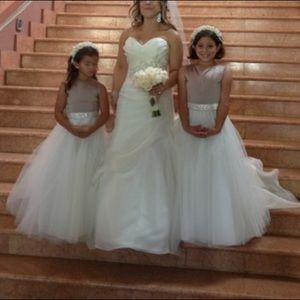 Girls flower girl wedding dresses!